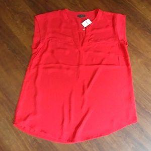 Pretty red top